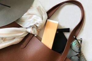Lighten the load of your purse, organise, weightless, overstuffed, handbag